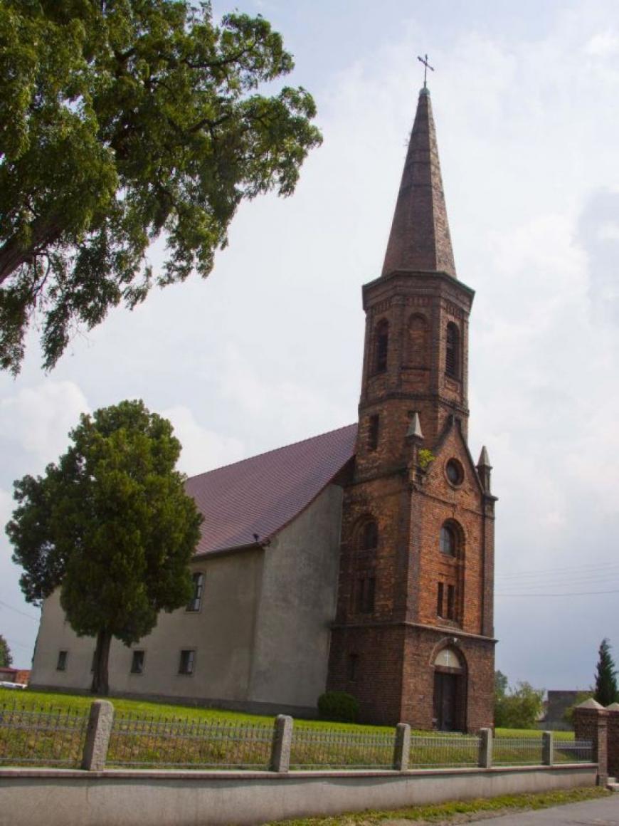 Kościół w Budziechowie